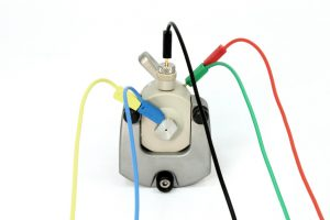 ECC-Aqu wired up for three-electrode testing